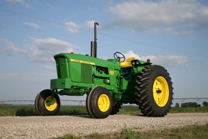 John-Deere-4020 specifications